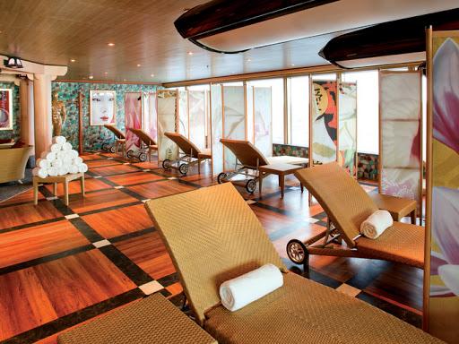 costa-deliziosa-solarium.jpg - The solarium on board the Costa Deliziosa.