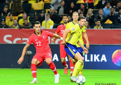 """Zweedse spits komt met vreemd verhaal na match tegen Turkije, beslist met elfmeter: """"Ref zei me dat hij twee strafschoppen zou fluiten na de rust"""""""
