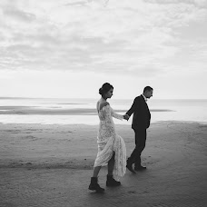 Wedding photographer Valentina Zharova (TinaZharova). Photo of 16.12.2018