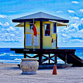 Lifeguard Station by Neil Dern - Buildings & Architecture Architectural Detail ( water, sand, sandy beach, beach, architecture )