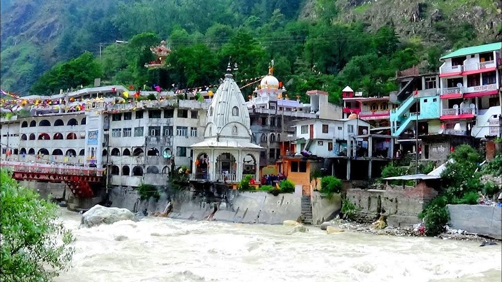 things-to-do-in-kullu-manali-Visit_The_Hot_Springs_At_Manikaran