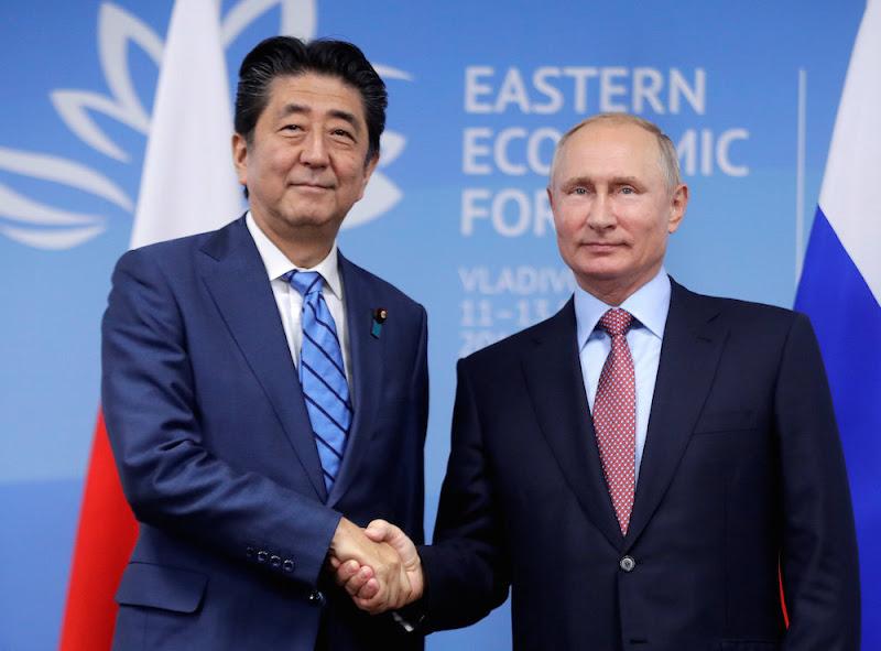 安倍首相、プーチン大統領や習近平主席らとの会談のためロシアへ「東アジアの平和と繁栄に向けた大きな一歩を」