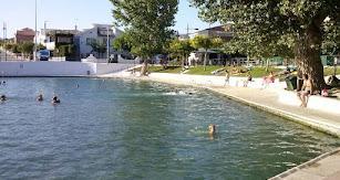 El agua de la Balsa de Cela se mantiene entre los 22 y los 24 grados.