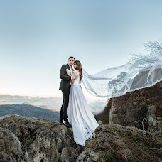 Wedding photographer Karina Klochkova (KarinaK). Photo of 04.04.2016