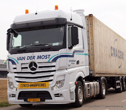 Photo: NEW ACTROS  ----> www.truck-pics.eu