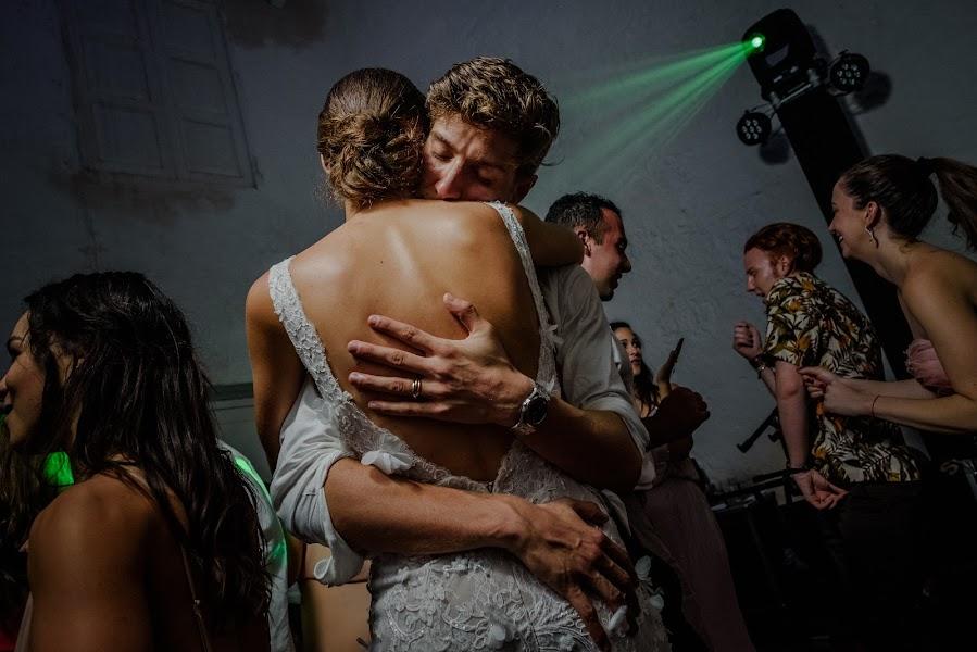 Wedding photographer Víctor Martí (victormarti). Photo of 08.02.2017