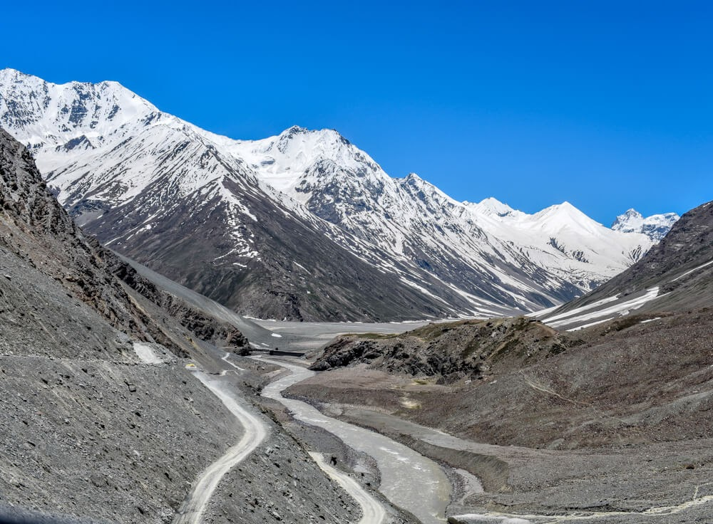 roads+in+spiti+valley+himachal+india
