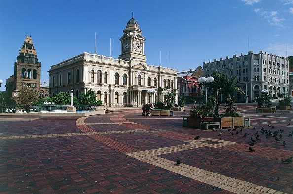 Nelson Mandela Bay municipality is incurring unauthorised expenditure due to its continued use of private security firms.