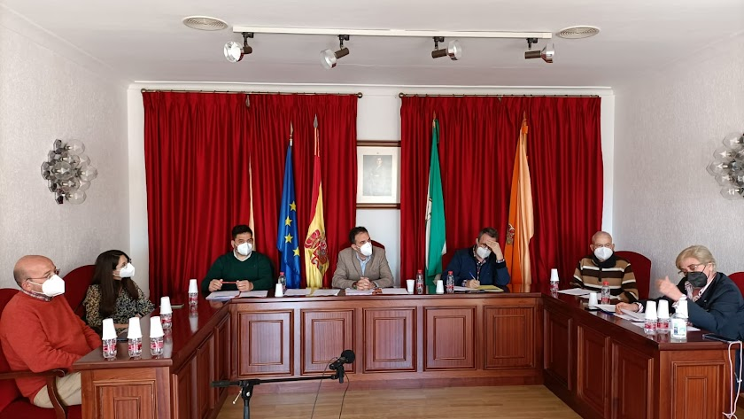 Pleno en el ayuntamiento de Antas.