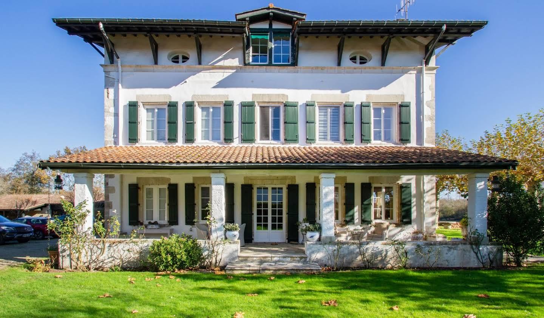 Maison avec piscine et terrasse Saint-Martin-de-Seignanx