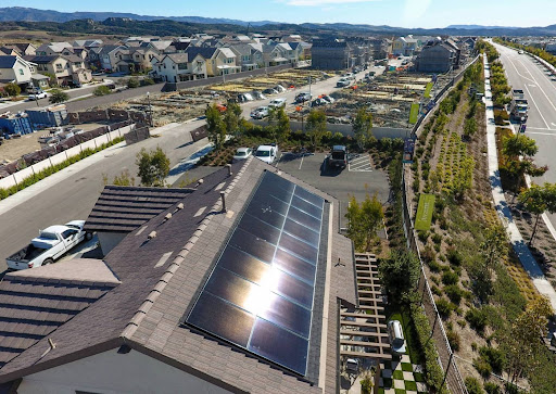 Plans to change incentives for rooftop solar draw backlash