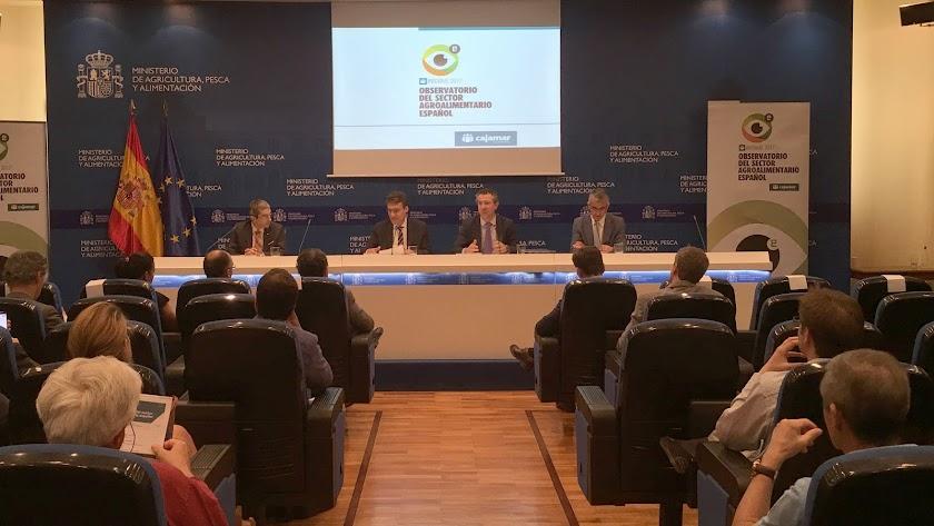 Presentación del Observatorio de Cajamar en la sede del Ministerio de Agricultura, Pesca y Alimentación.