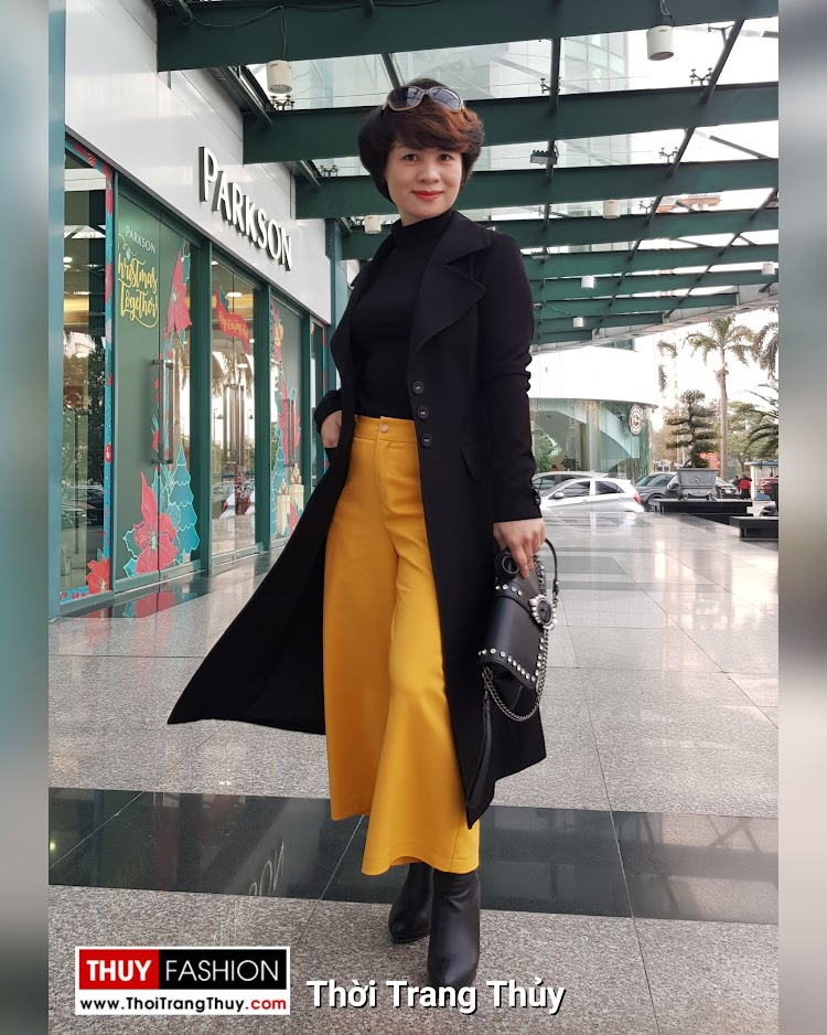 Áo khoác dạ nữ dáng dài màu đen cổ vest rộng V694 thời trang thủy thái bình