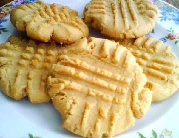 Mennonite Peanut Butter Cookie's Recipe