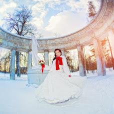 Wedding photographer Aleksandr Ryabikin (sanekspb). Photo of 15.04.2013