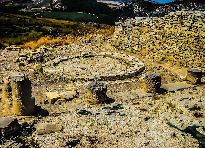 the stone circle di fabio pelosi