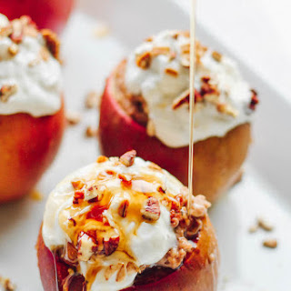 Baked Apples With Cinnamon Spiced Oatmeal