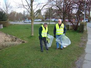 Photo: Affaldsindsamling ved dammen i Beder