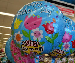 Photo: Happy mother day balloons