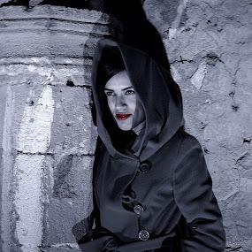 model shooting by Berkan Felek - Black & White Portraits & People