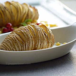 Easy Baked HasselBack Potatoes.