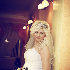 Wedding photographer Vladimir Savushkin (sowa8030). Photo of 20.10.2014