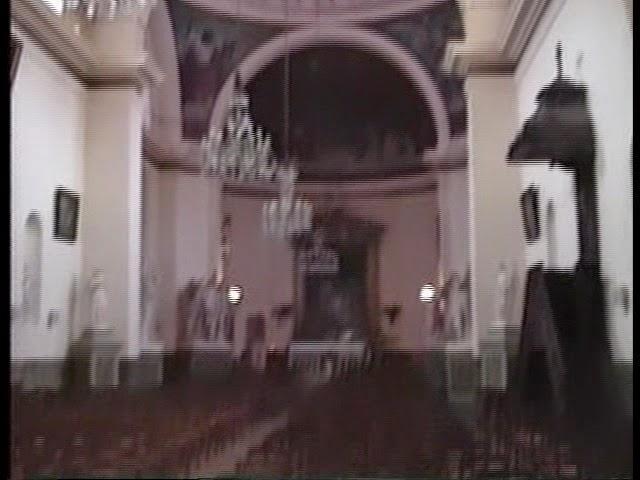 Photo: ヴィル・ダヴレイ 『シベールの日曜日』 http://goo.gl/QY1gi 教会内部も映画に登場したものとは別……