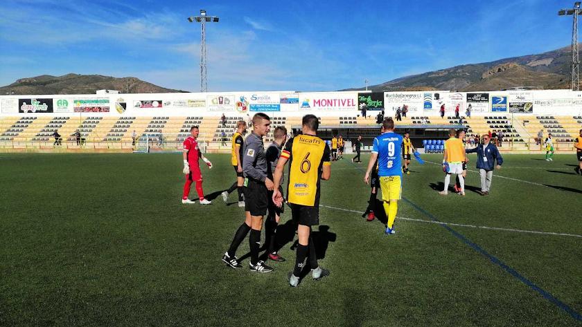 El filial celeste juega en un campo histórico.