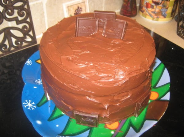 Chocolate  Lover's Raspberry Filled Dream Cake Recipe