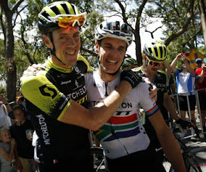 """Impey draagt eindzege op aan ex-winnaar van Parijs-Roubaix, die laatste profkoers reed in Tour Down Under: """"Fantastische ploegmaat"""""""