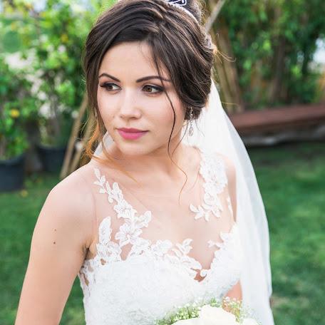 Wedding photographer Liubomyr-Vasylyna Latsyk (liubomyrlatsyk). Photo of 19.11.2017
