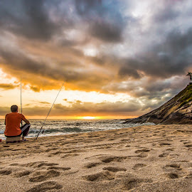 Fisherman in Estaleiro Beach at Sunrise by Rqserra Henrique - Landscapes Beaches ( clouds, brazil, dawn, rqserra, sunrise, beach, fisherman, sun )