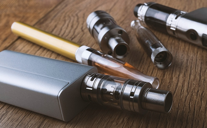 e-cigarettes vapes