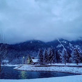 December morning by D.j. Nichols - Instagram & Mobile Android ( mountains, snow, lake )