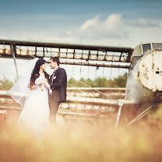 Wedding photographer Ivan Cyrkunovich (HiViv). Photo of 13.01.2014