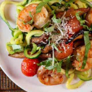 Zoodles with Shrimp, Mushrooms and Tomatoes Recipe