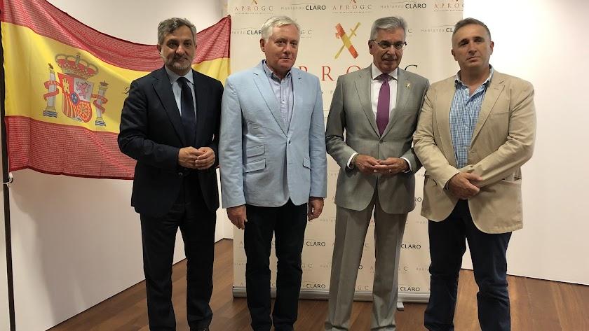 El diputado Ángel Escobar, el coronel Javier Frías, el coronel Manuel SánchezCorbí y el general Manuel Sánchez Corbí