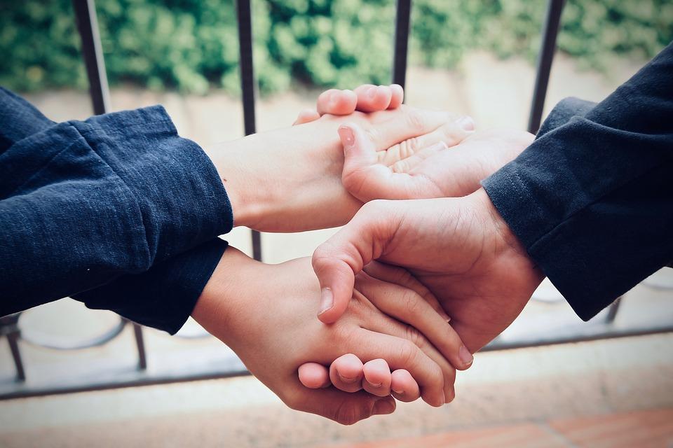 ¿Qué es el altruismo y por qué es necesario en la sociedad?