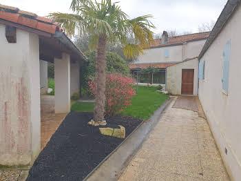 Maison 10 pièces 355 m2