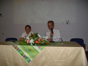 Photo: El poeta Rodrigo Escobar Holguín presenta el libro. VIDEO: http://youtu.be/mmk05RsM21M Texto completo, en: http://fdpv.blogspot.com/2013_02_15_archive.html