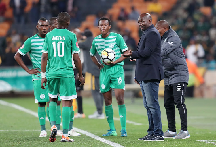 Bloemfontein Celtic coach Steve Komphela chats to his players during the Absa Premiership match against Kaizer Chiefs at the FNB Stadium, Johannesburg on August 29 2018.