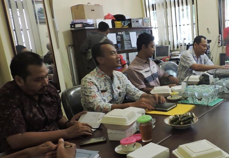Pelaksanaan PILKADES serentak di Ngawi Molor