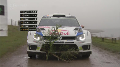Photo: CZ: Vícemistr světa v rally roku 2014 Jari-Matti Latvala Vám přeje šťastné a veselé! (A pro sebe si příští rok přeje od Ježíška titul mistra světa.)  /  EN: Jari-Matti Latvala wishes you a Merry Christmas! (And expects Santa to finally make him the World Champion next year.)