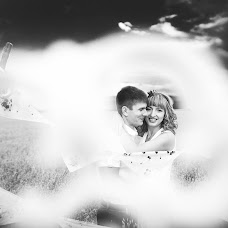 Wedding photographer Anton Esenin (AEsenin). Photo of 07.08.2014