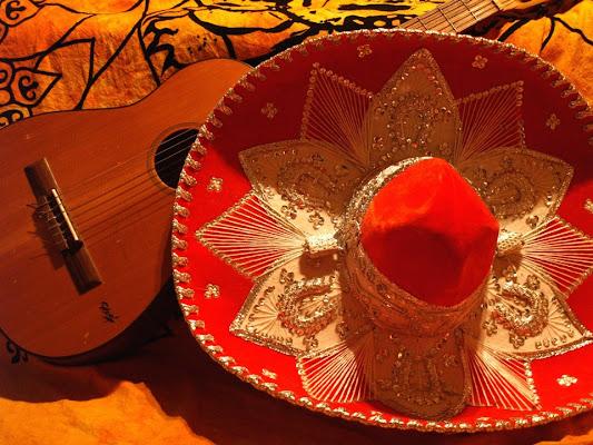 Mariachi Instruments di valeninny
