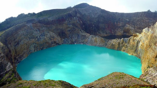 lakes of Kelimutu