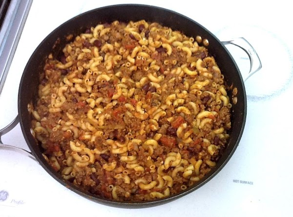 Pre-heat oven to 375º. Drain macaroni, add to beef mixture, stir to combine, cover...