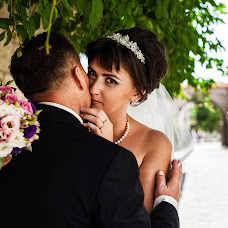 Wedding photographer Anastasiya Khaus (FiFi-House). Photo of 20.02.2015
