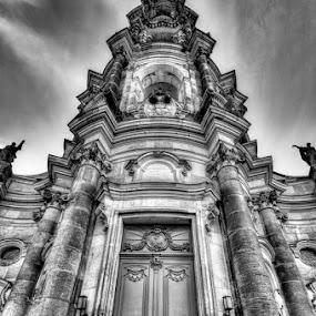 Katholische Hofkirche by Kai Buddensiek - Buildings & Architecture Public & Historical ( katholische hofkirche, deutschland, b&w, hdr, germany, dresden, 16-35 )