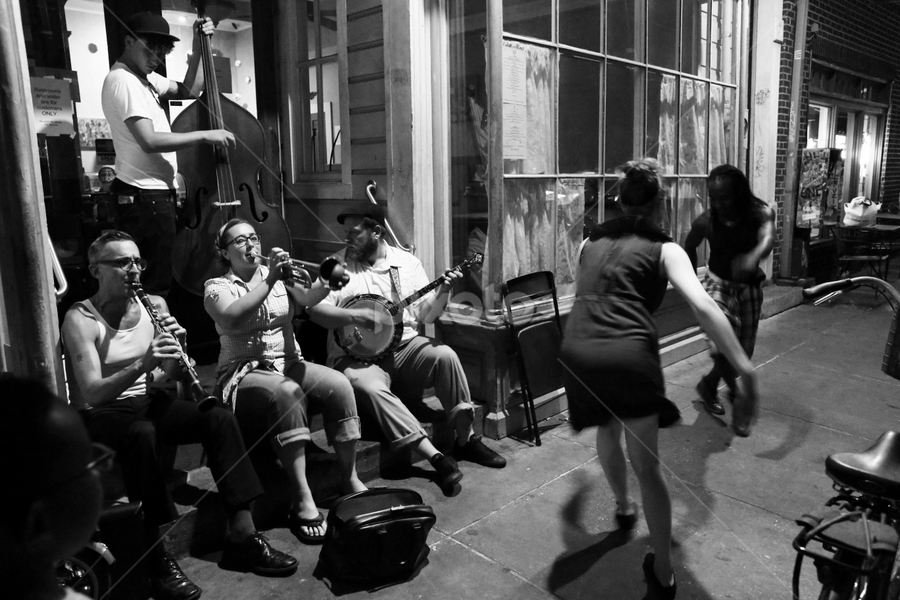Muscicans in New Orleans by Al Des Marteau - People Musicians & Entertainers ( street performers, new orleans, b&w, black and white, french quarter )